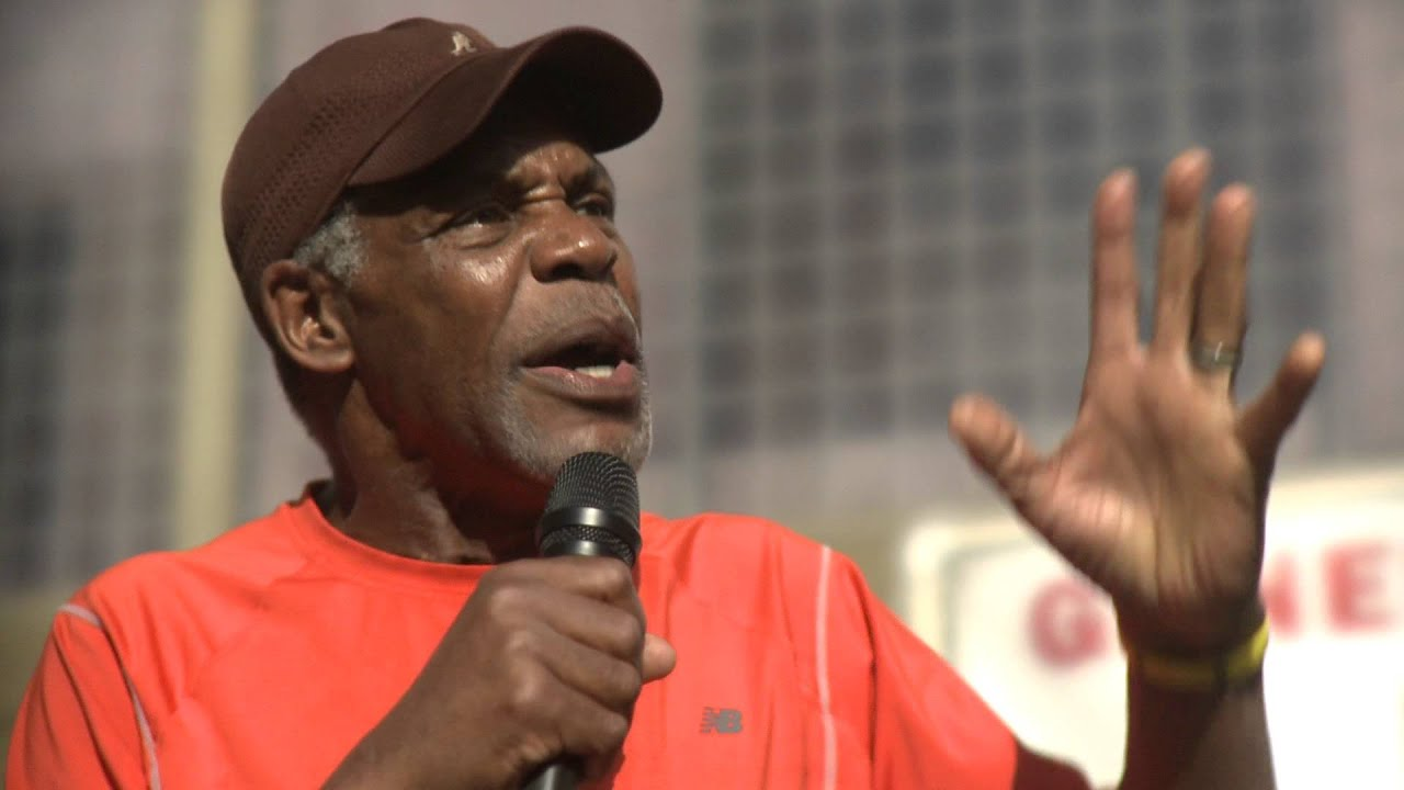 Danny Glover speaks at Occupy Oakland